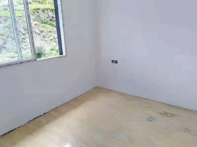 稻城县城临街新房单间、铺面出租